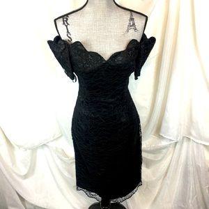Vintage 70s 80s Size 6 Off The Shoulder Lace Black